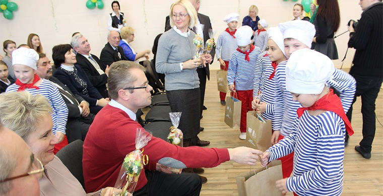 November 11, 2016 opening of the energy efficient school in Dzerzhinsk